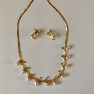 Gold pearl and diamond necklace and earring set